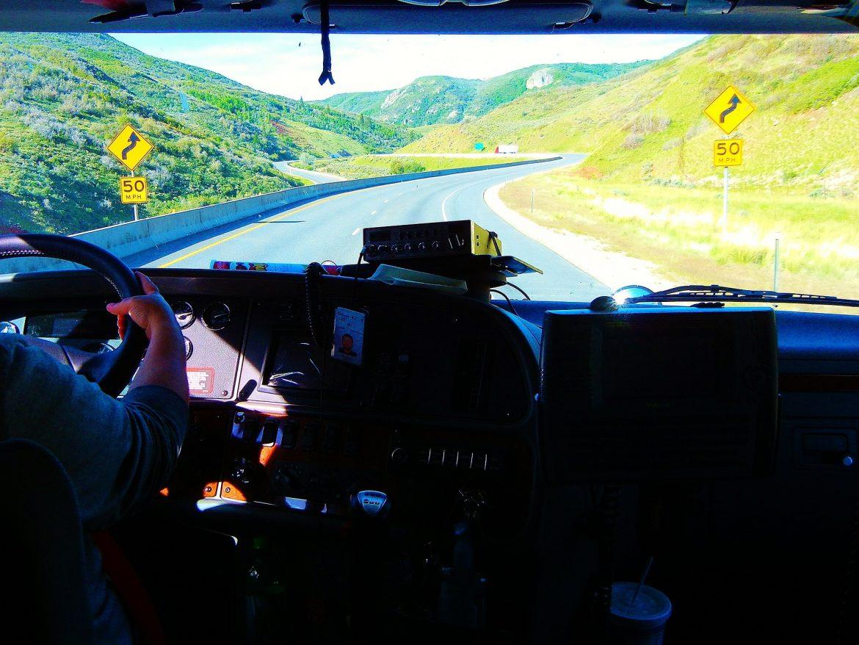 Vrachtwagenchauffeurs kunnen via een uitzendbureau voor andere vrachtwagenchauffeurs werken